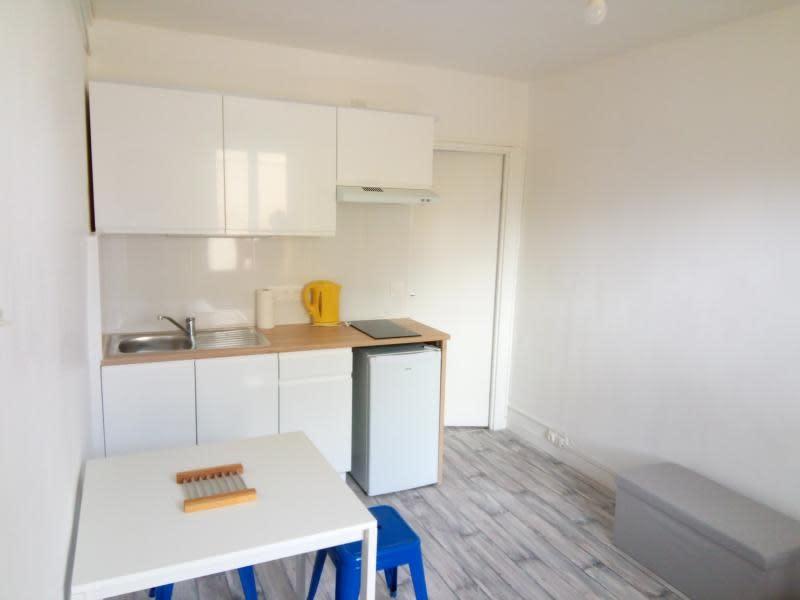 Location appartement Noisy le sec 720€ CC - Photo 2