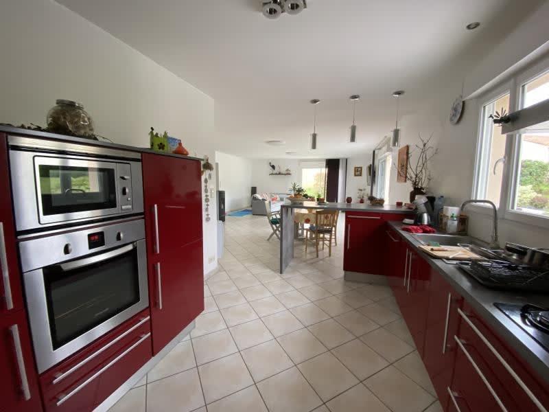 Vente maison / villa Iteuil 328600€ - Photo 6
