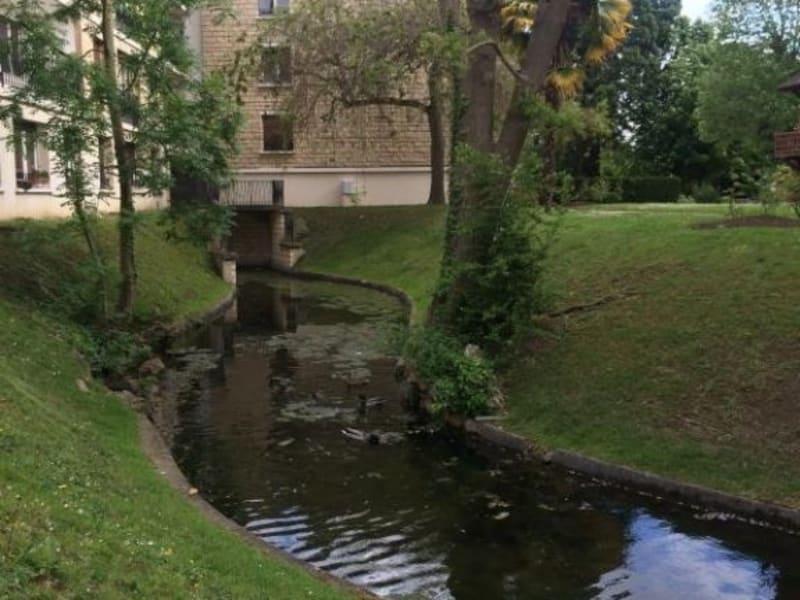 Rental apartment Villennes sur seine 750€ CC - Picture 1