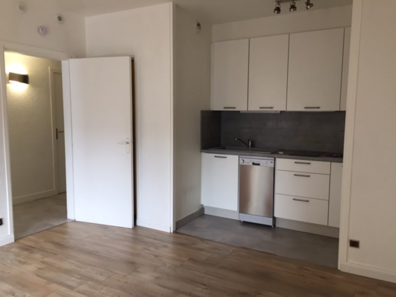 Location appartement Annecy 750€ CC - Photo 3