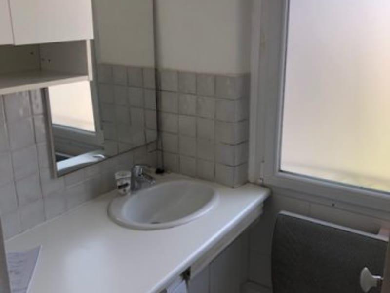 Location appartement Paris 17ème 950€ CC - Photo 7