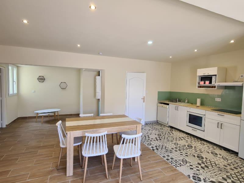 Rental apartment Avignon 1105€ CC - Picture 1
