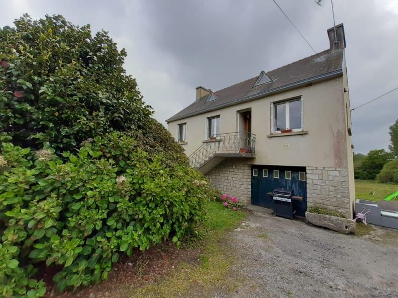Sale house / villa Tregourez 137800€ - Picture 2