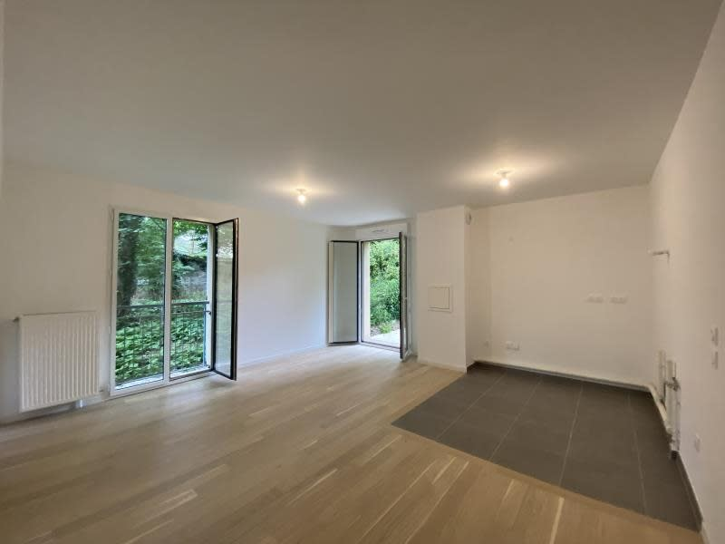 Sale apartment Le mesnil le roi 419000€ - Picture 1