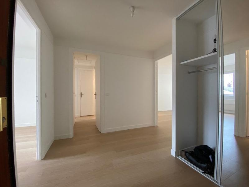 Rental apartment Paris 17ème 2615,42€ CC - Picture 4