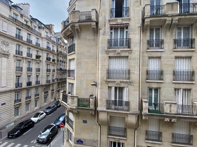 Rental apartment Paris 17ème 2615,42€ CC - Picture 3