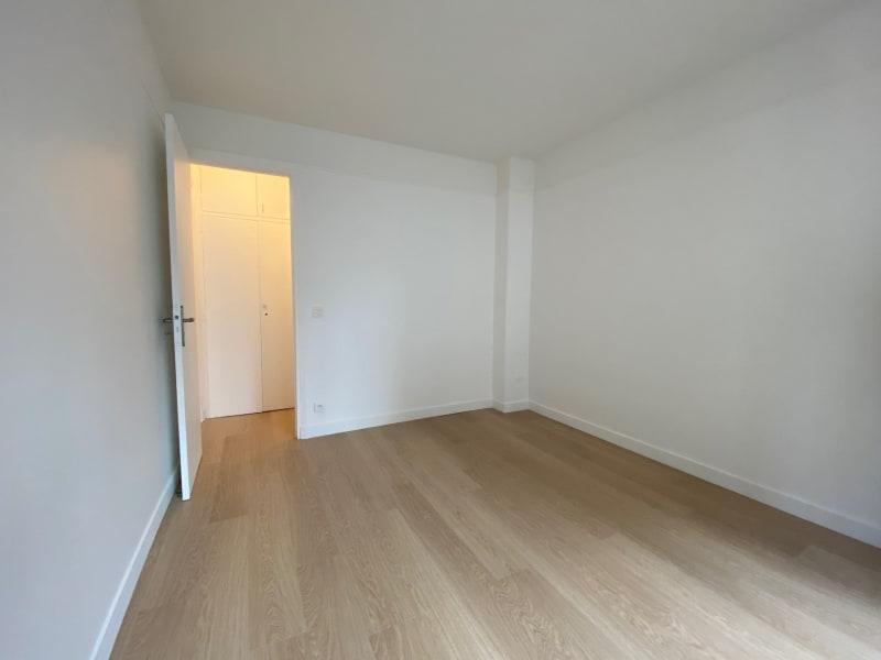 Rental apartment Paris 17ème 2615,42€ CC - Picture 9