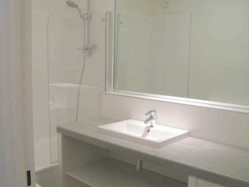 Rental apartment Courbevoie 1606€ CC - Picture 5