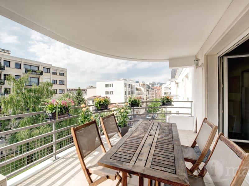 Sale apartment Courbevoie 1180000€ - Picture 2