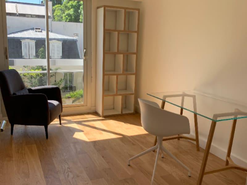 Rental apartment Courbevoie 1980€ CC - Picture 3