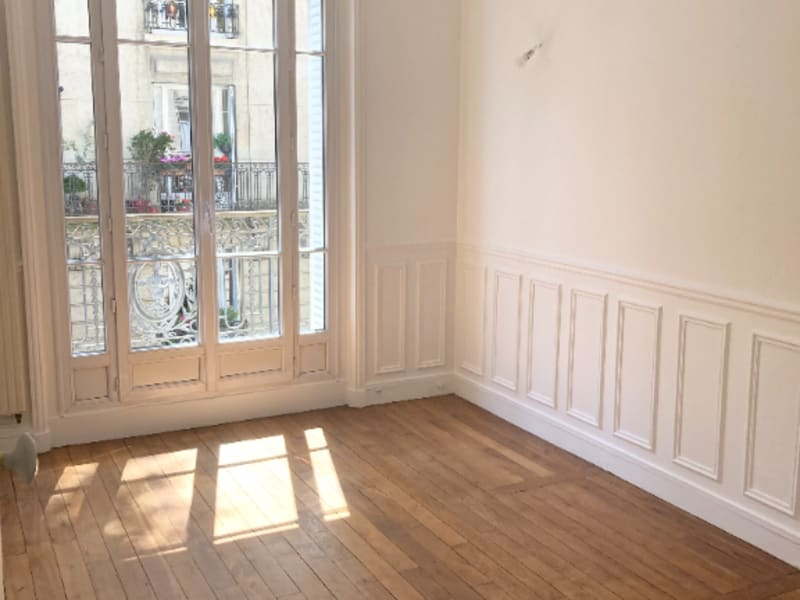 Vente de prestige appartement Paris 15ème 645000€ - Photo 4