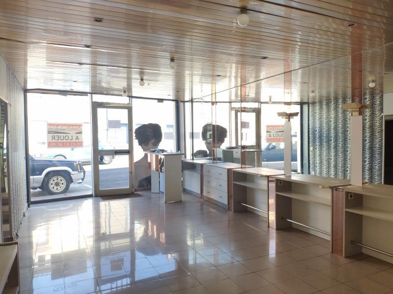 Rental office Mazamet 540€ HC - Picture 1