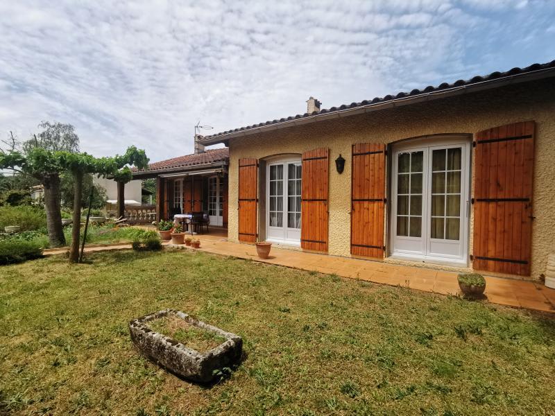 Sale house / villa Aiguefonde 230000€ - Picture 1