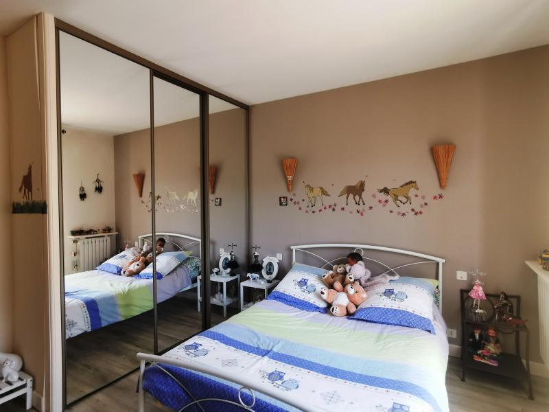Sale house / villa Aiguefonde 230000€ - Picture 6