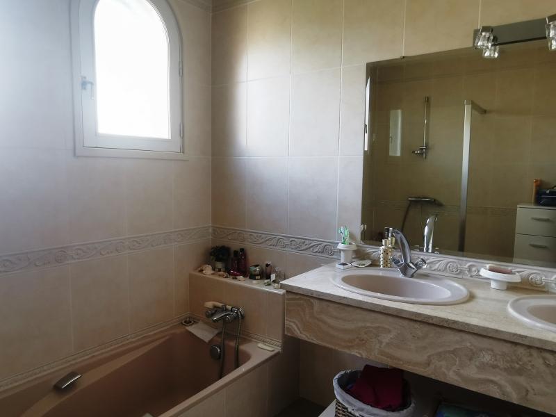 Sale house / villa Aiguefonde 230000€ - Picture 8