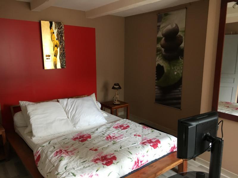 Sale house / villa Labastide rouairoux 135000€ - Picture 5
