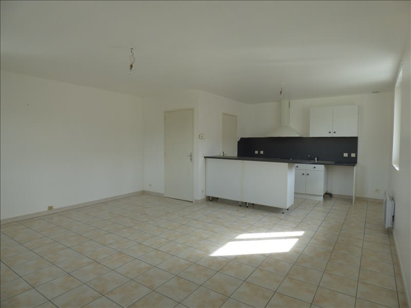 Rental apartment Alentours de mazamet 430€ CC - Picture 1