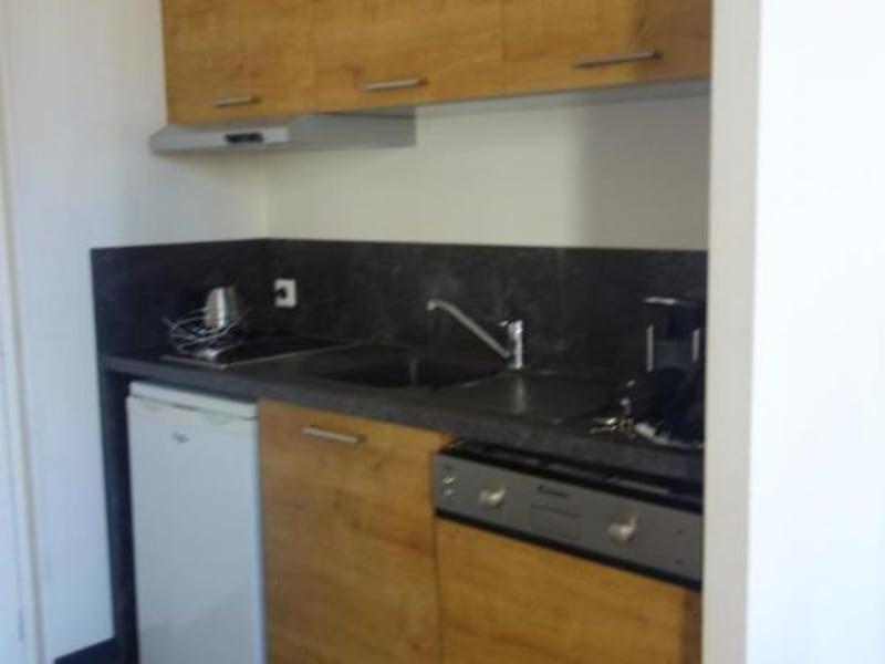 Rental apartment Lyon 2ème 850€ CC - Picture 2