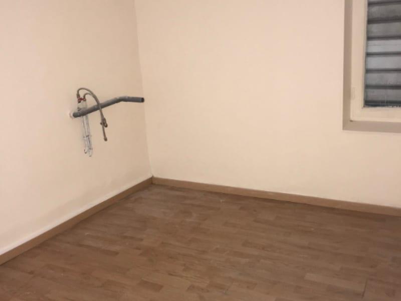 Rental empty room/storage Montereau fault yonne 900€ HC - Picture 5