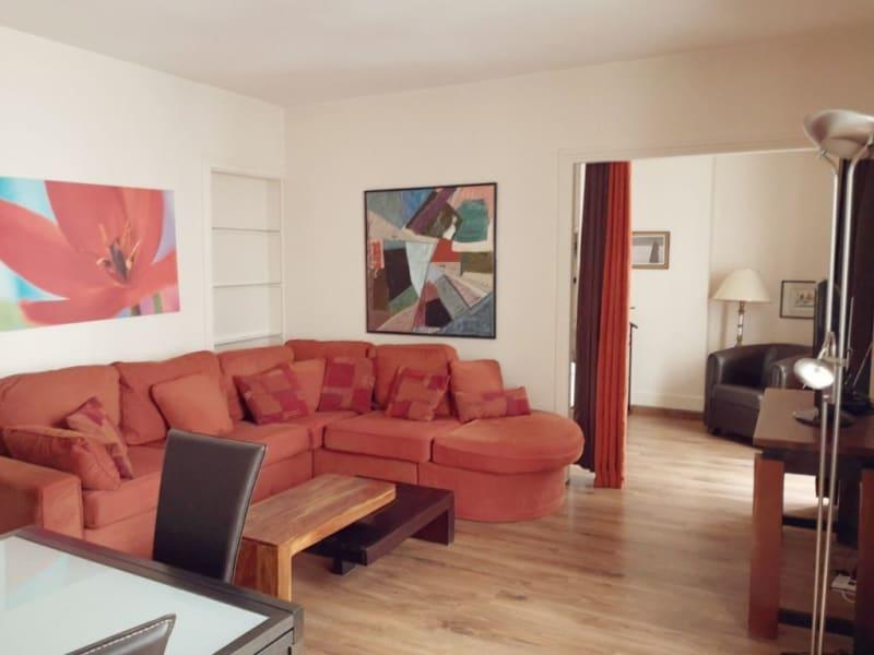 Rental apartment Paris 15ème 1135€ CC - Picture 2