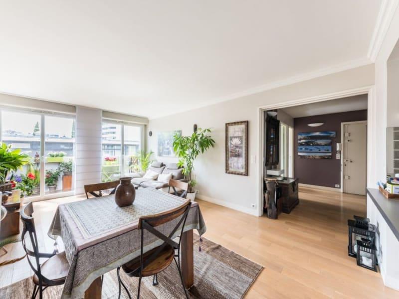 Sale apartment Paris 15ème 810000€ - Picture 2