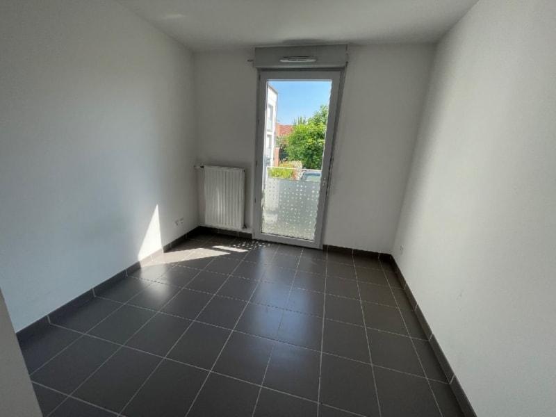 Rental apartment L union 770€ CC - Picture 7