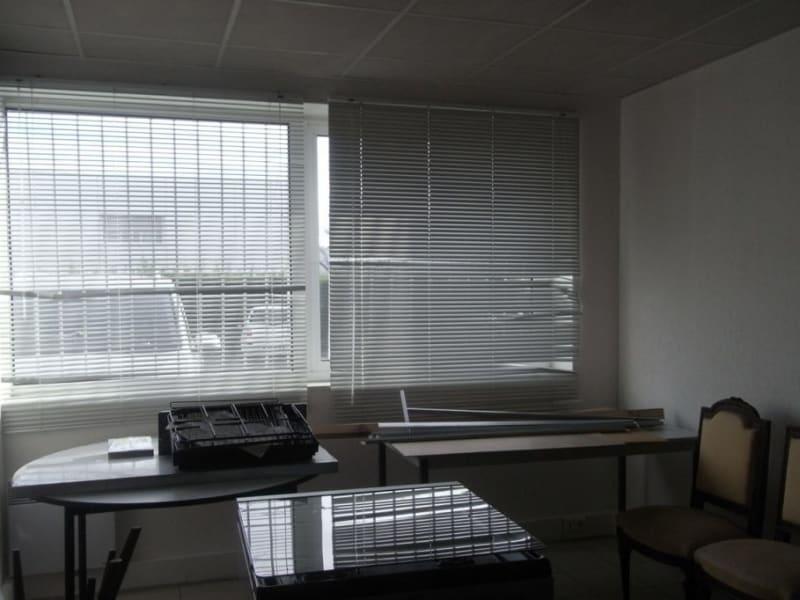 Rental office St jean 380€ HC - Picture 4