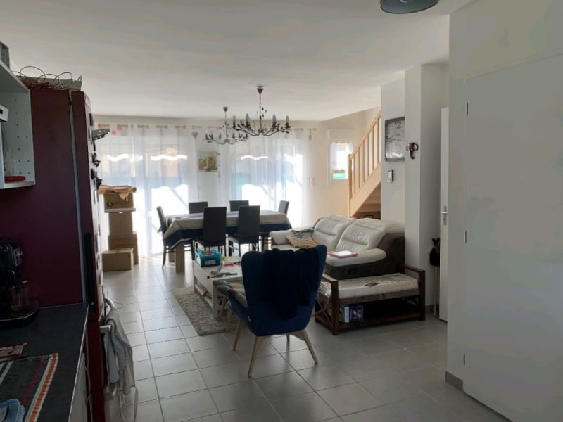 Rental house / villa Neuilly en thelle 1250€ CC - Picture 1