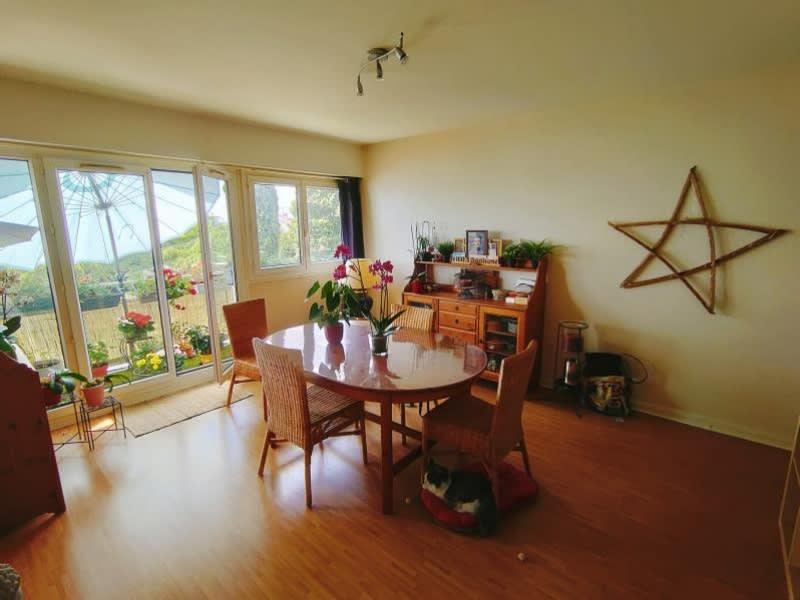 Sale apartment Cognac 96300€ - Picture 2
