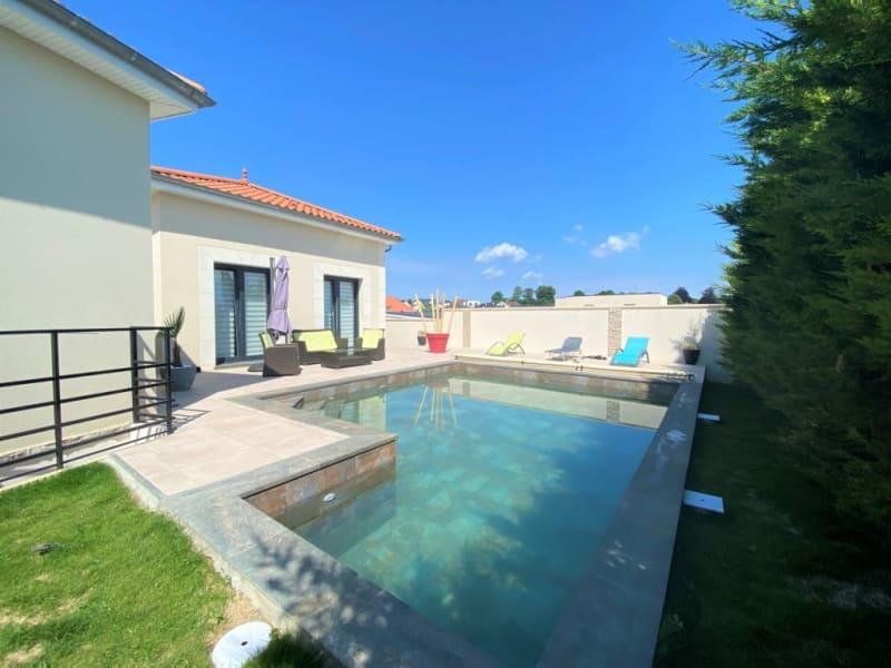Sale house / villa Champigny 605000€ - Picture 1