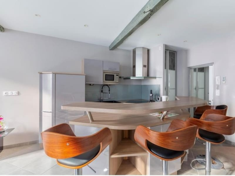 Sale apartment Aix en provence 328000€ - Picture 2