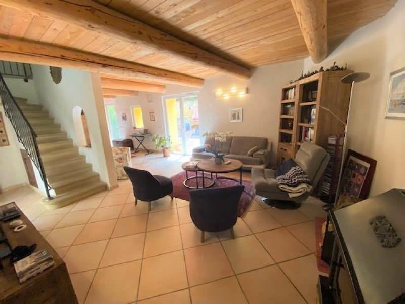 Vente maison / villa Eguilles 630000€ - Photo 2