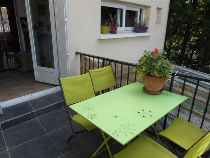 Sale apartment Voiron 175000€ - Picture 2