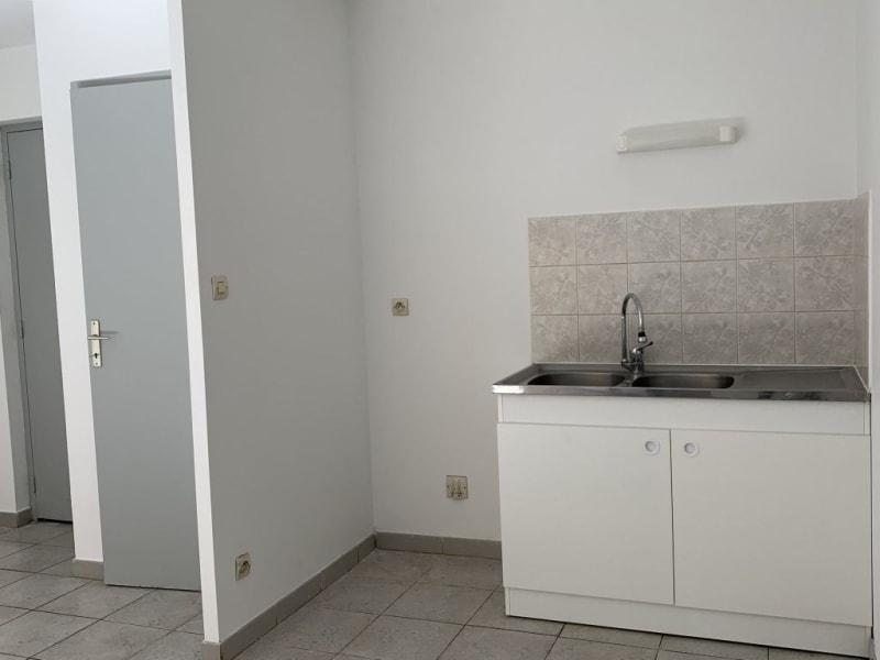 Rental apartment Lunel 493€ CC - Picture 4