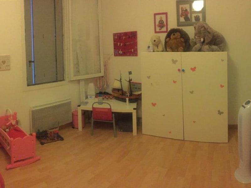 Rental apartment Entre vignes 670€ CC - Picture 5