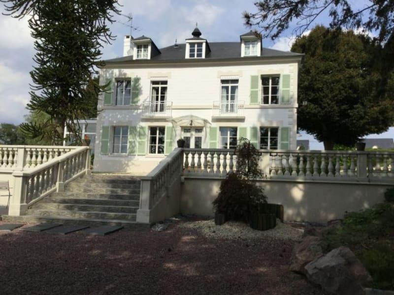 Sale house / villa Lisieux 924000€ - Picture 1