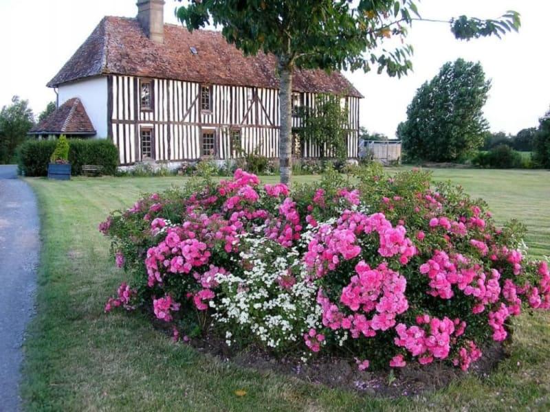 Deluxe sale house / villa Livarot-pays-d'auge 472500€ - Picture 1