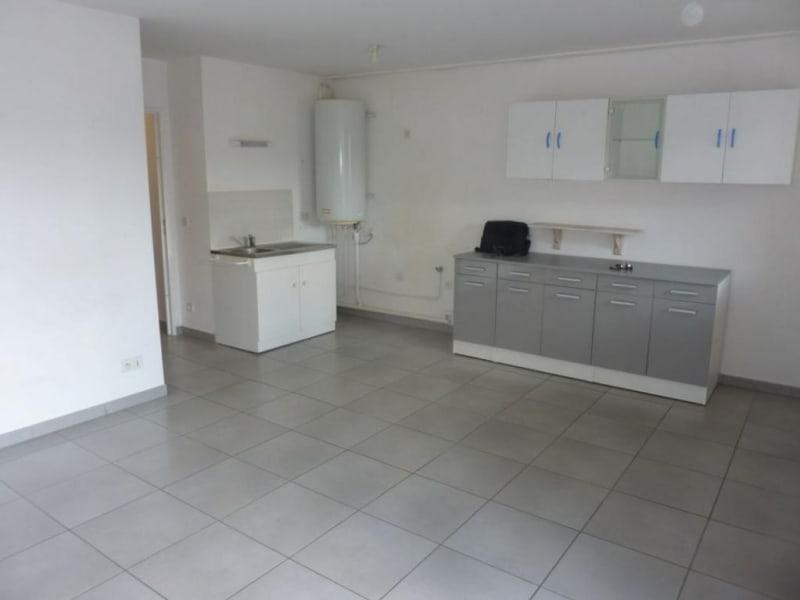 Sale apartment Lisieux 77000€ - Picture 2