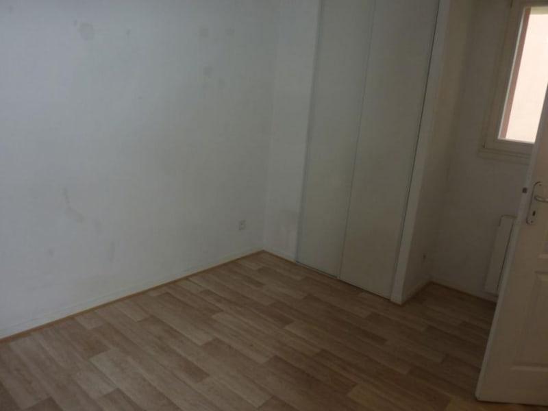 Sale apartment Lisieux 77000€ - Picture 3