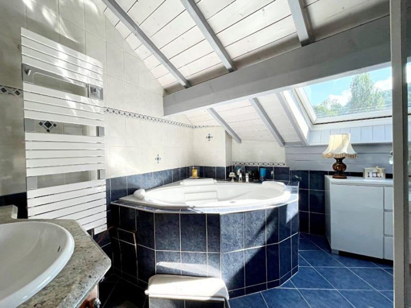 Sale apartment Menthon saint bernard 665000€ - Picture 7