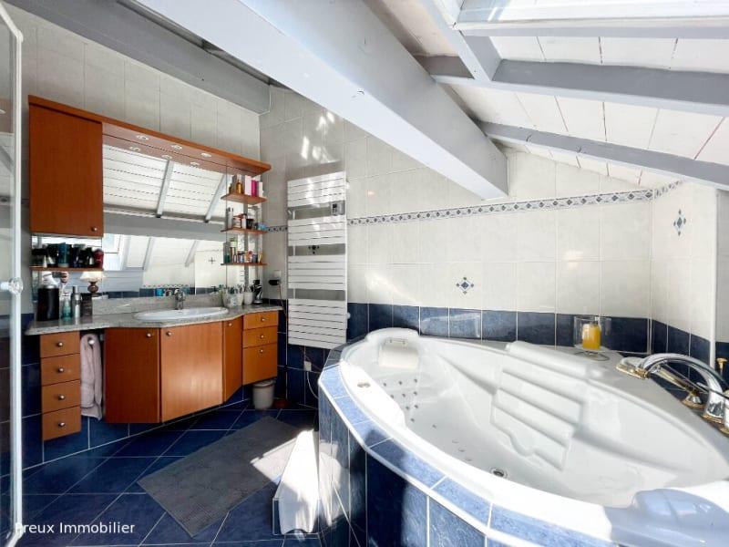 Sale apartment Menthon saint bernard 665000€ - Picture 8