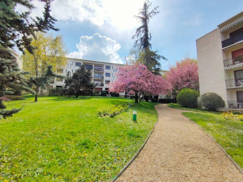 Venta  apartamento Louveciennes 615000€ - Fotografía 2