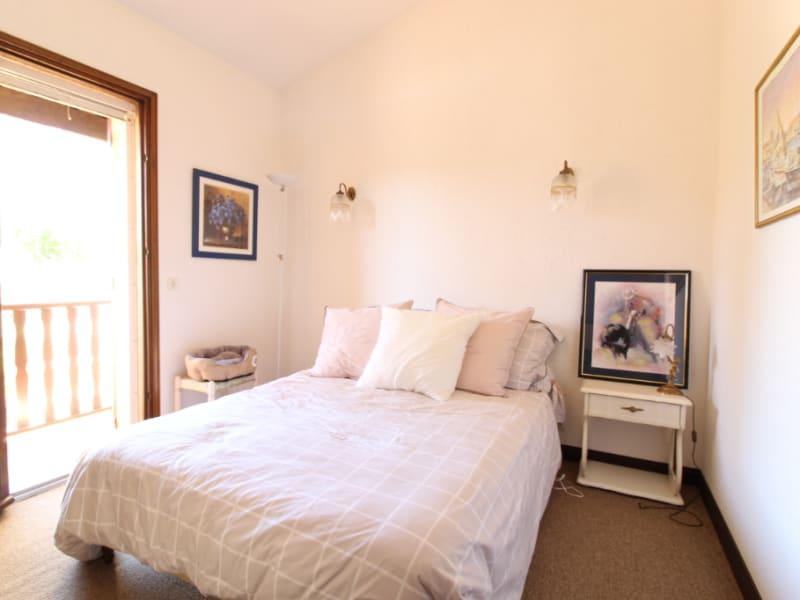 Vente maison / villa Hyeres 499900€ - Photo 8