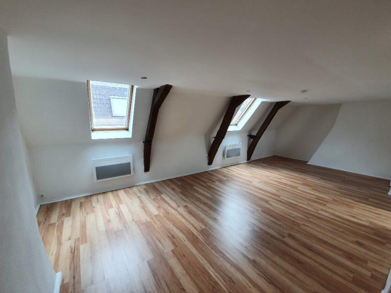 Rental apartment Cambrai 370€ CC - Picture 1