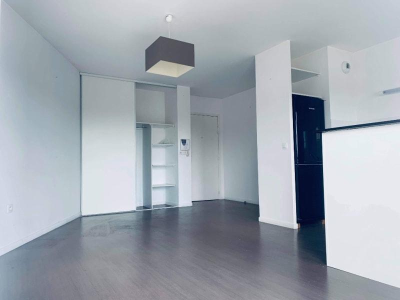 Sale apartment Valenciennes 157000€ - Picture 2