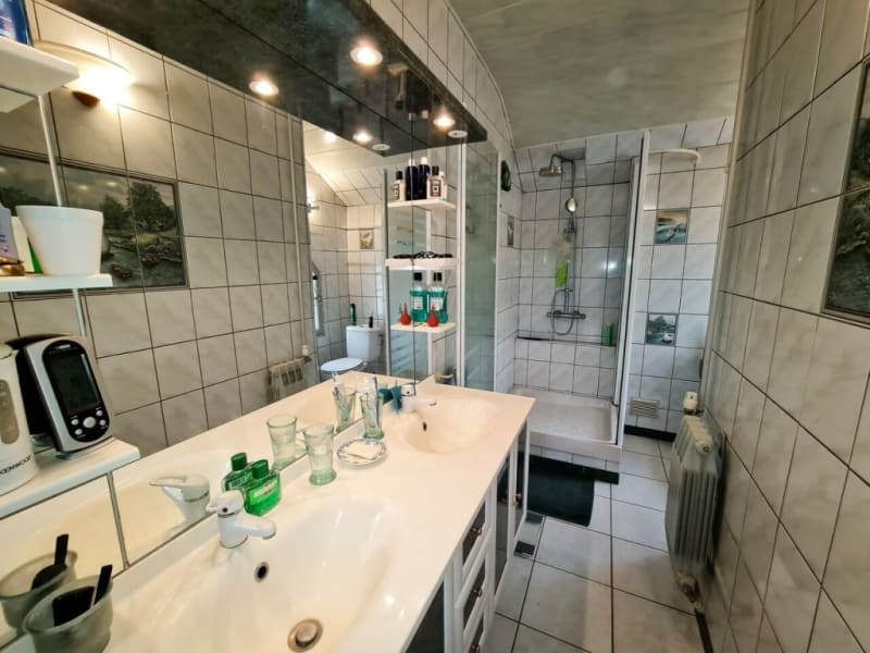 Sale house / villa Fontaine 285000€ - Picture 14