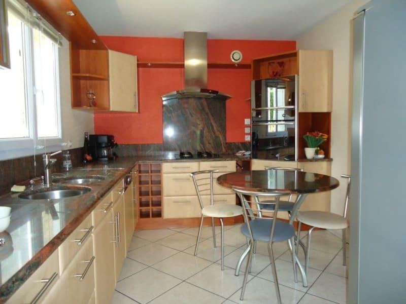 Sale house / villa Rives 339000€ - Picture 4
