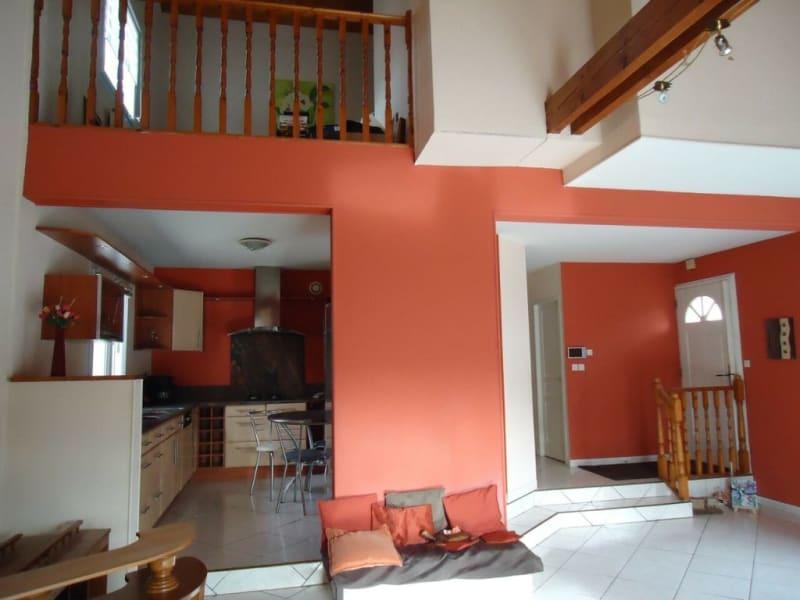 Sale house / villa Rives 339000€ - Picture 5