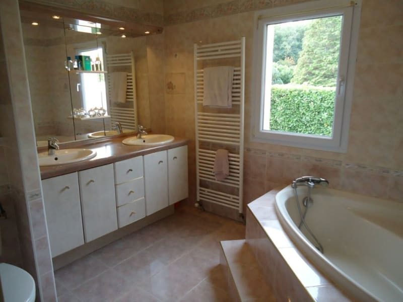 Sale house / villa Rives 339000€ - Picture 9