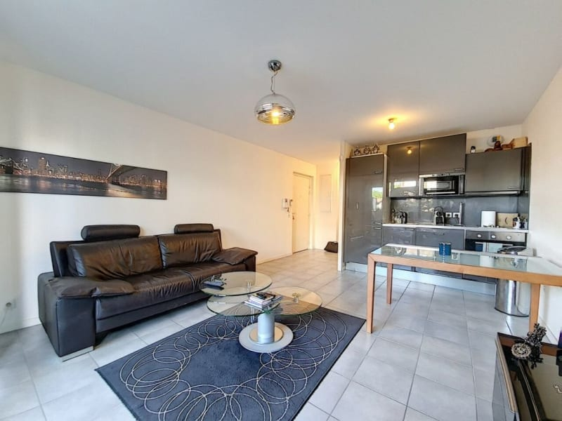 Sale apartment Eybens 148000€ - Picture 3